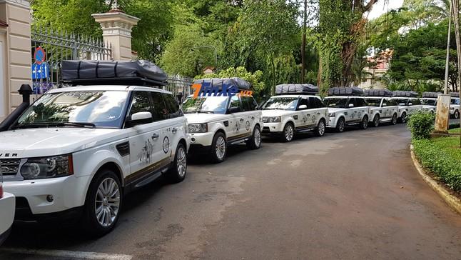 """Đánh giá nhanh đội """"cận vệ"""" Range Rover tham dự vào hành trình siêu xe của Trung Nguyên"""