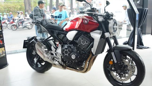 Honda CB1000R 2020: Giá xe CB1000R mới nhất tháng 6/2020