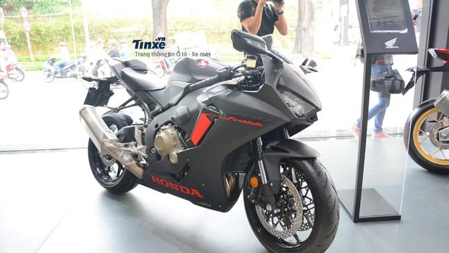 Xe Honda CBR1000RR FireBlade 2020: Giá xe CBR1000RR FireBlade mới nhất tháng 6/2020