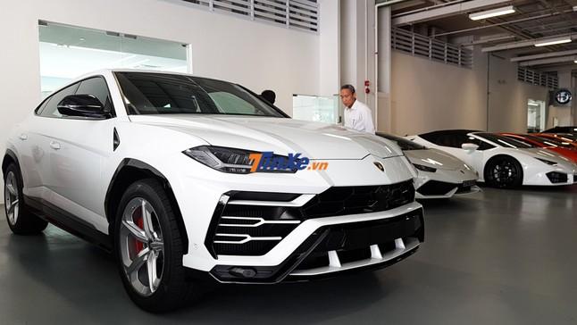 """Đánh giá nhanh Lamborghini Urus: """"Gà để trứng vàng"""" cho Lamborghini Singapore"""