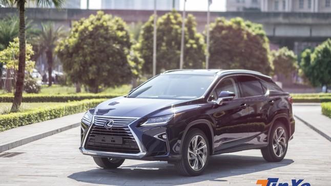 Trải nghiệm ban đầu cùng Lexus RX450h giá 4,5 tỷ vừa về Việt Nam: Ngoại thất trẻ trung, nội thất già dặn, nhiều trang bị tiện nghi