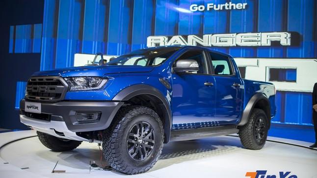 """Cảm nhận ban đầu khi """"sờ tận tay"""" Ford Ranger Raptor tại triển lãm VMS 2018"""
