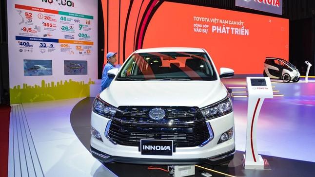 Khám phá Toyota Innova trưng bày tại VMS 2018, thêm trang bị, tăng giá 40 triệu