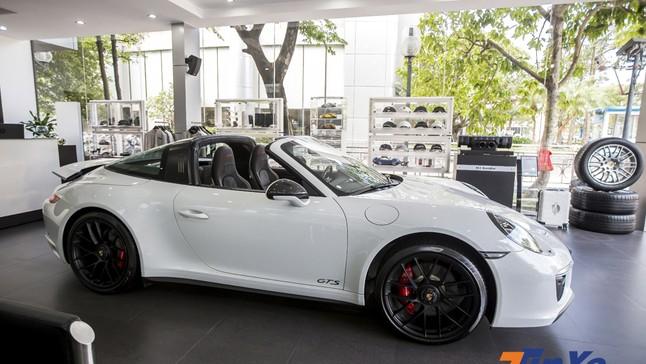 Đánh giá nhanh Porsche 911 Targa 4 GTS giá hơn 11,2 tỉ Đồng tại Việt Nam: Vẻ đẹp huyền thoại