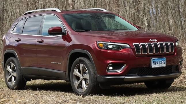 Cảm nhận nhanh Jeep Cherokee 2019: Nội thất đẹp, dễ chịu nhưng máy yếu, xử lý chưa tốt