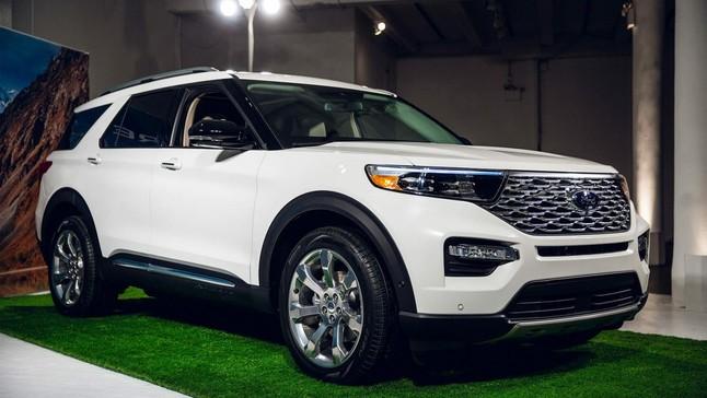 Đánh giá nhanh Ford Explorer 2020: Ngoại thất tiến hóa và nội thất lột xác