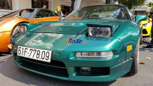 """Cảm nhận nhanh Acura NSX độc nhất Việt Nam: Siêu phẩm """"lột xác"""" hoàn toàn của một doanh nhân mê xe tại quận 2"""