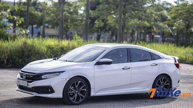 Đánh giá Honda Civic RS 2019: Nâng cấp nhẹ, thay đổi lớn, giá bán vẫn cao