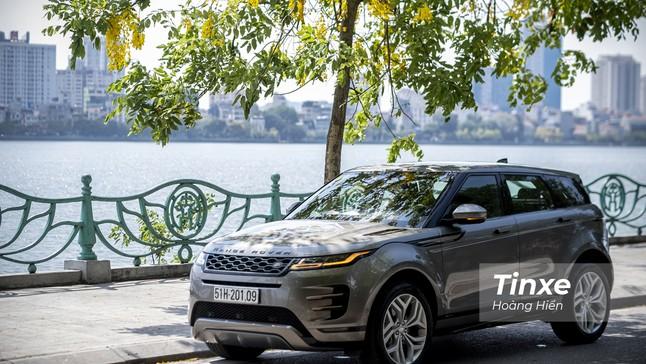 """Đánh giá Range Rover Evoque 2020: """"Đắt xắt ra miếng"""""""