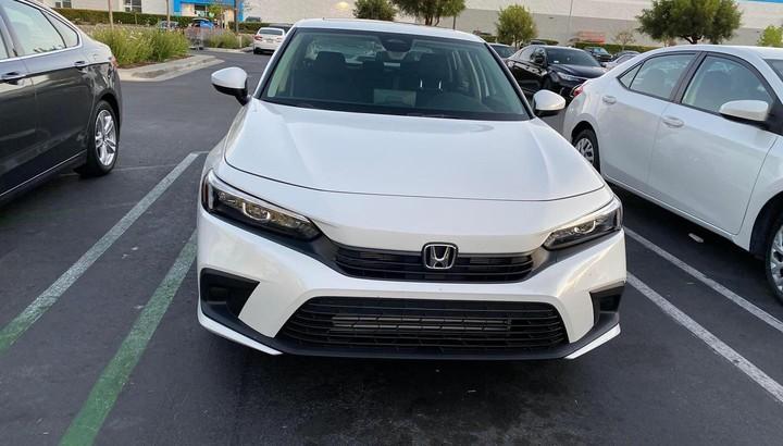 Honda Civic 2022 lộ giá, bán ra vào tháng sau