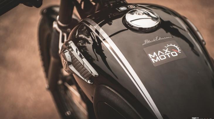 Video: Trải nghiệm Kawasaki W800 Black Edition - Xe cổ điển tuyệt đẹp đến từ Nhật Bản