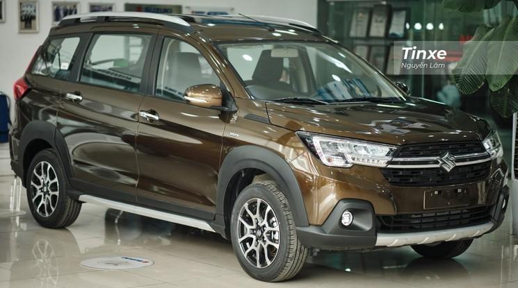 """Nguồn cung hạn hẹp không làm vơi đi ưu đãi, khách Việt """"chốt"""" Suzuki XL7 lãi ngay 60 triệu đồng"""