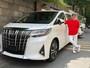 Mua Cadillac Escalade để sử dụng bên Mỹ, còn ở Việt Nam Mr. Đàm lại chọn Toyota Alphard 2019