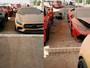 """Lộ diện nhiều siêu xe và cả Lamborghini Urus gặp nạn bị bỏ rơi ở """"nghĩa địa ô tô"""" của Dubai"""