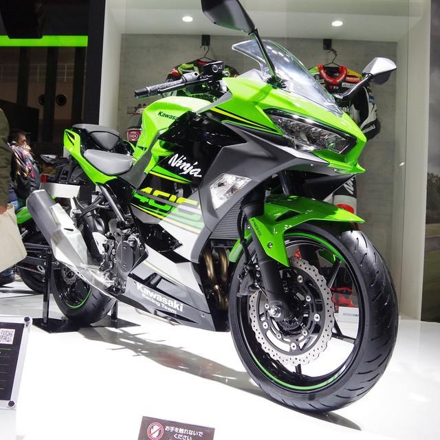 Kawasaki Ninja 400 sở hữu thiết kế sport city