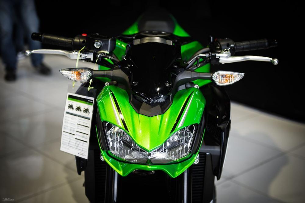 Đèn pha Kawasaki Z900