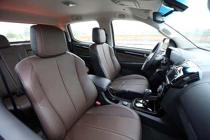 Thiết kế Nội thất của Chevrolet Colorado