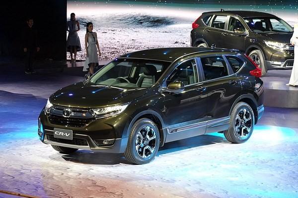 Mẫu Honda CR-V màu xanh đen