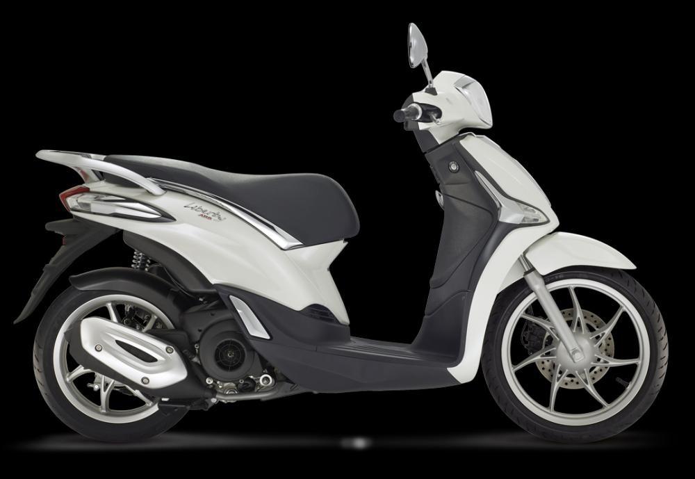 Mẫu Piaggio Liberty 125 ABS màu Monte Bianco
