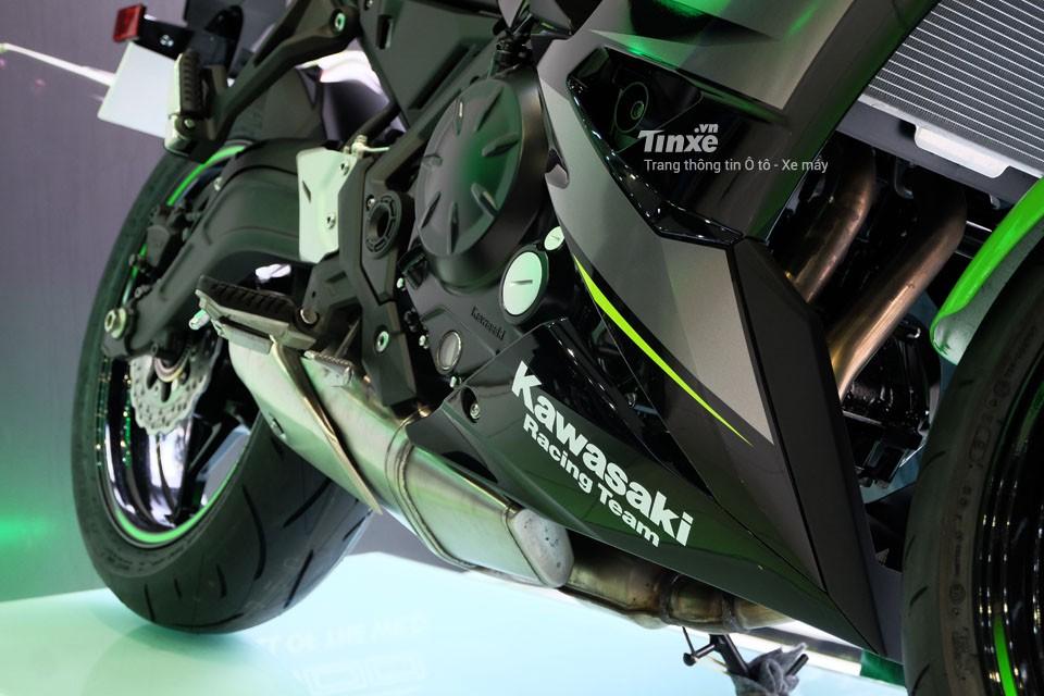 Động cơ của Kawasaki Ninja 650 2018
