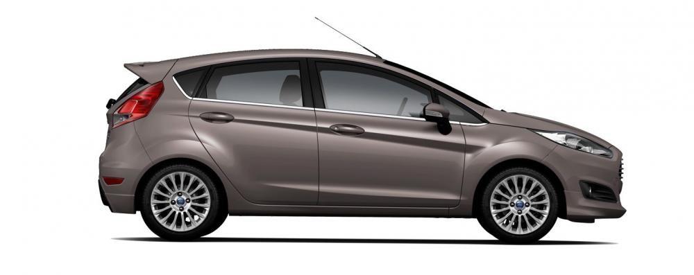 Mẫu Ford Fiesta màu nâu