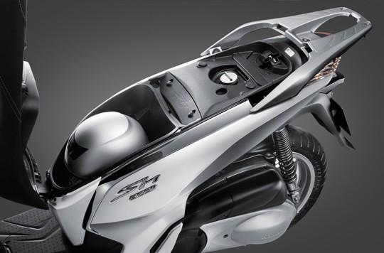 Kích thước cốp xe Honda SH 300i
