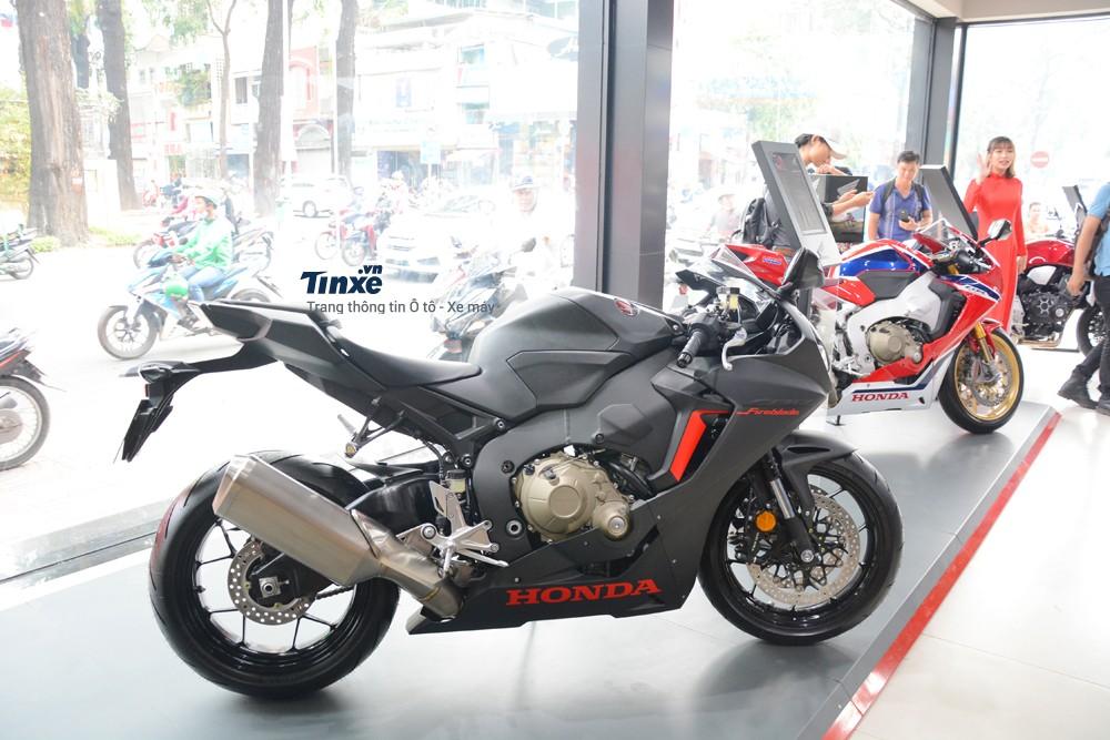 Trang bị Động cơ của xe Honda CBR1000RR FireBlade 2018