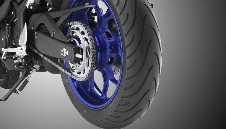 Trang bị bộ vành xe Yamaha R3