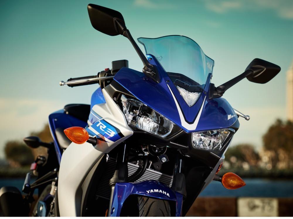 Thiết kế phần đầu xe Yamaha R3