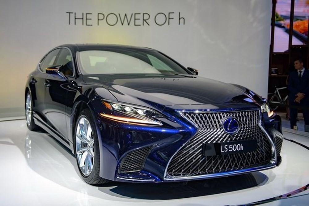 Giá xe Lexus LS 500h 2019mới nhất tại Việt Nam