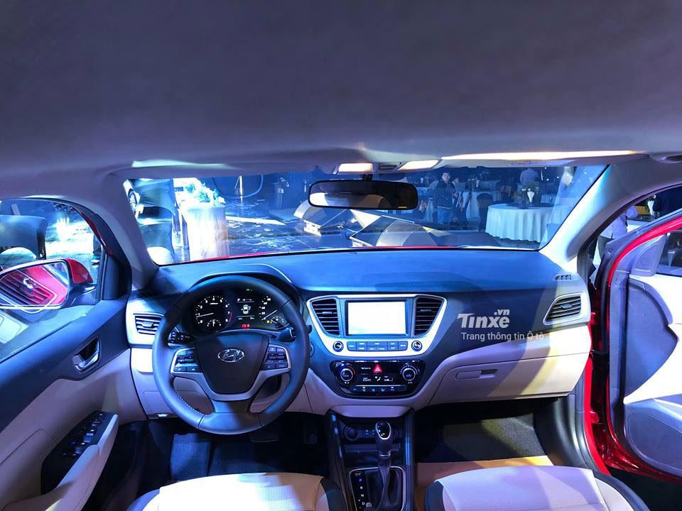 Nội thất của Hyundai Accent