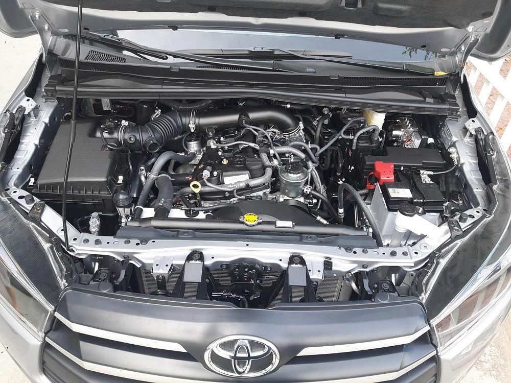 Trang bị động cơ của Toyota Innova