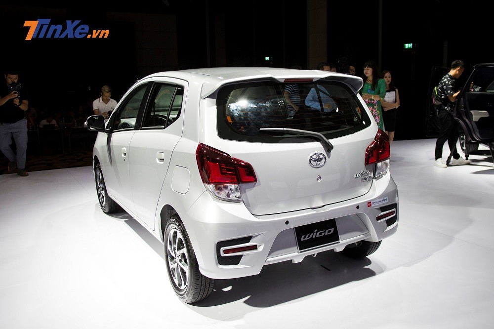 Thiết kế đuôi sau của Toyota Wigo 2019