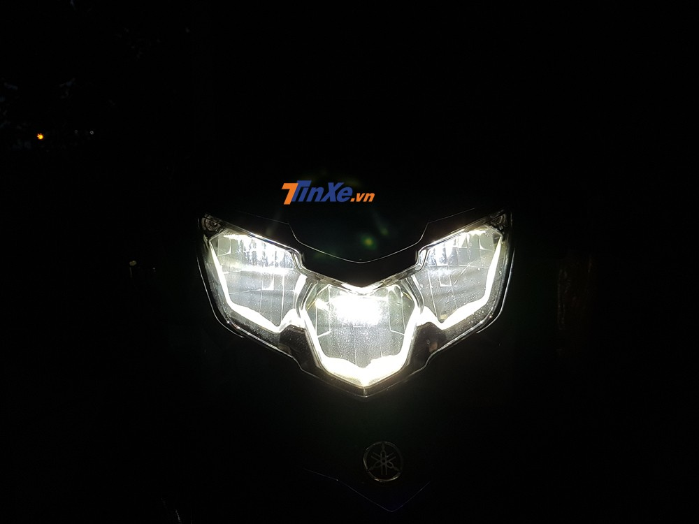 Đây cũng là lần đầu tiên những chiếc Yamaha Exciter 150 được trang bị đèn pha LED