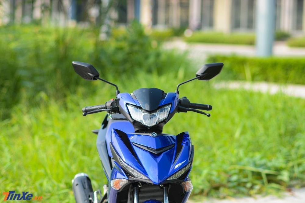 So với các thế hệ trước, Yamaha Exciter 150 2019 có đèn pha mới góc cạnh và thể thao hơn