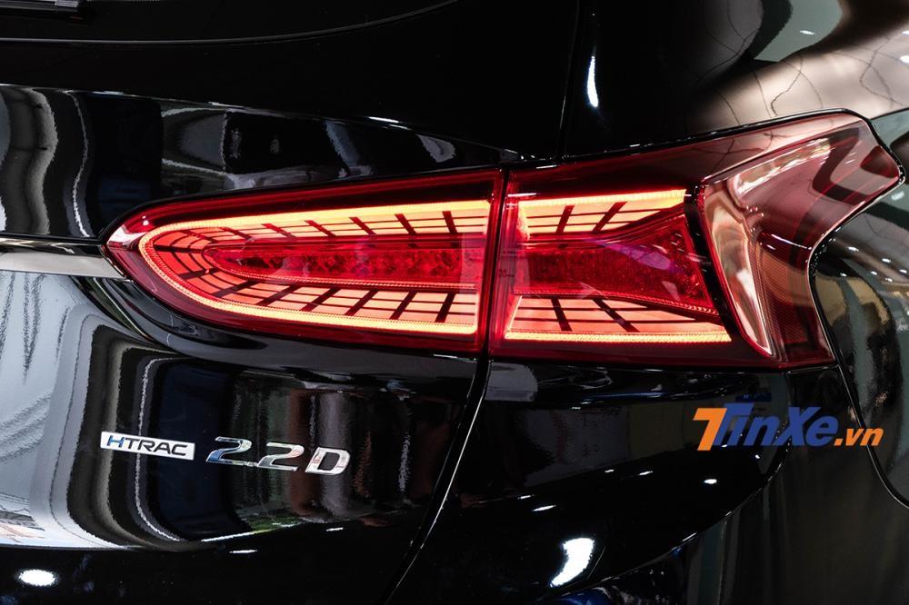 Cụm đèn LED hậu dạng 3D tuyệt đẹp