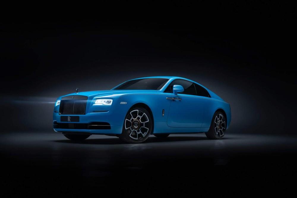 Và Rolls-Royce Wraith Black Badge