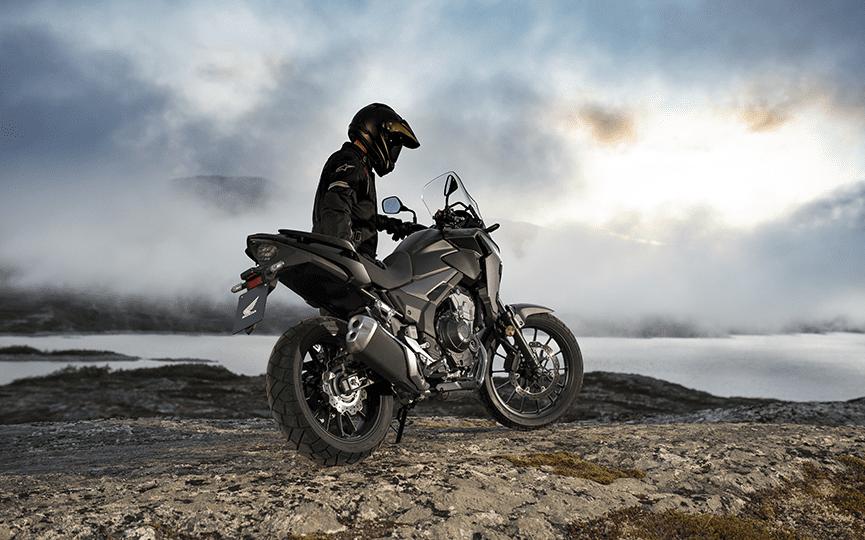 Giá xe Honda CB500X ở mức gần 200 triệu đồng