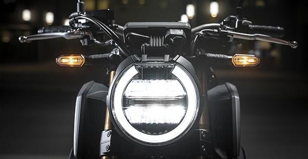 Xe sở hữu hệ thống chiếu sáng công nghệ LED hiện đại