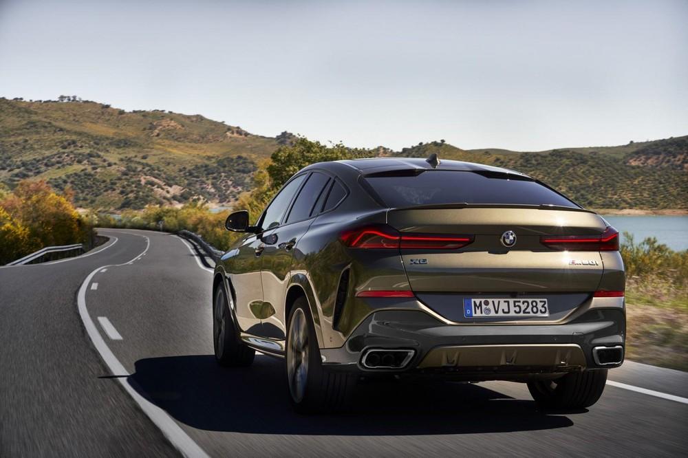 Thiết kế phía sau của BMW X6 2020