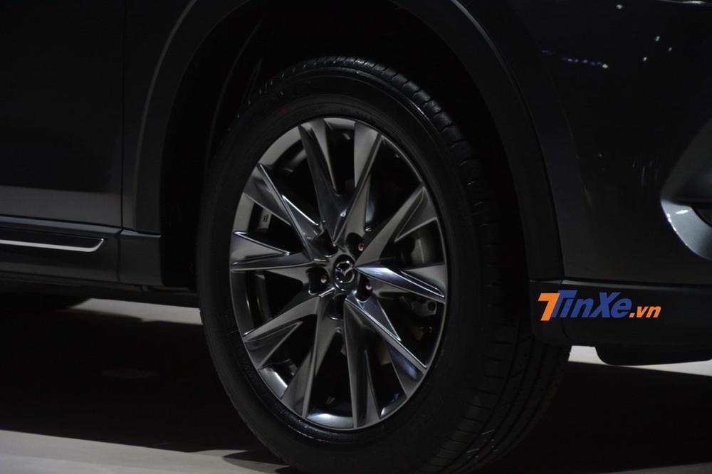 Bộ vành 19 inch trên Mazda CX-8 2019