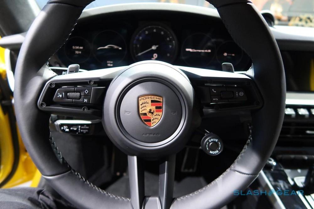 Porsche 911 Carrera S 2020 có công suất tối đa tăng 15 mã lực so với bản cũ
