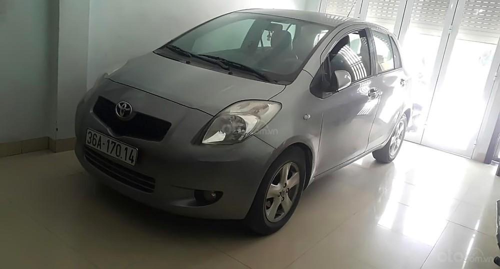 Toyota Yaris 1.3 AT 2007 là một lựa chọn an toàn cho tầm giá 300 triệu VNĐ.