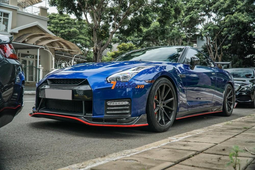 Chiếc Nissan GT-R R35 độ body kit Nismo này trải qua 2 lần thay áo