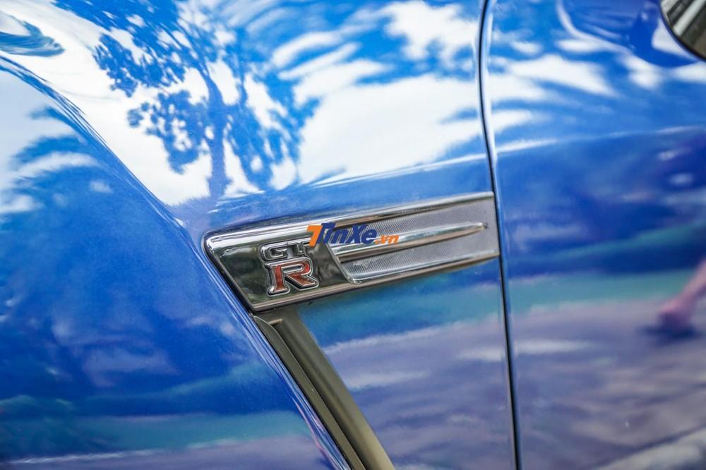 Nissan GT-R R35 được trang bị động cơ V6, dung tích 3,8 lít, tăng áp kép