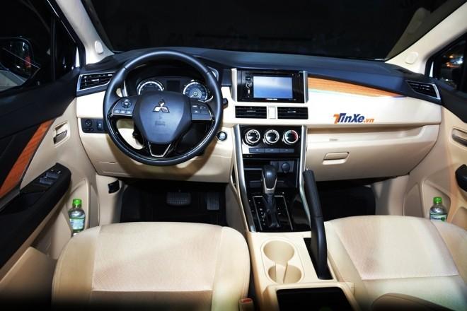 Khoang lái xe Mitsubishi Xpander