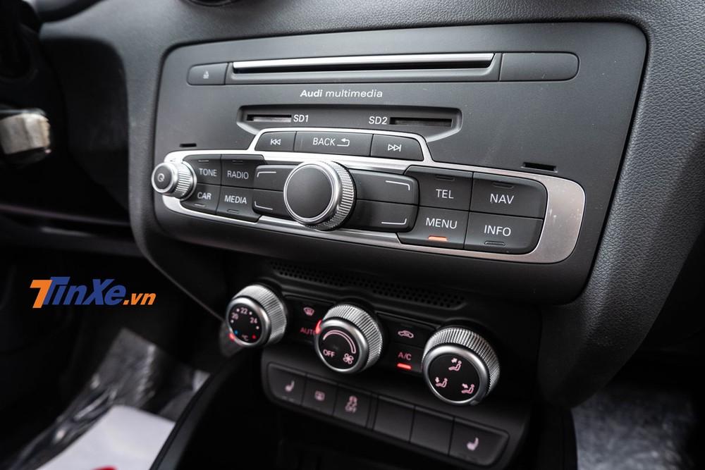 Xe có hệ thống điều hòa tự động 2 vùng độc lập, hàng ghế trước có tính năng sưởi ấm