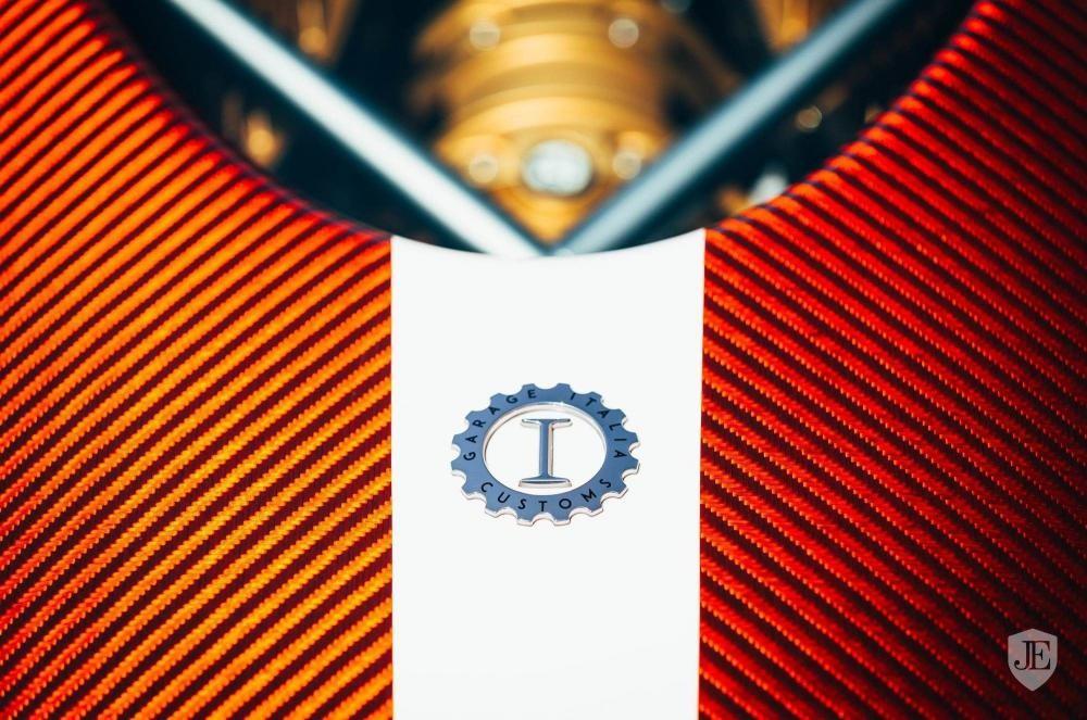 Tên hãng độ do Lapo Elkann làm chủ xuất hiện trên ngoại thất siêu xe Pagani Huayra Lampo