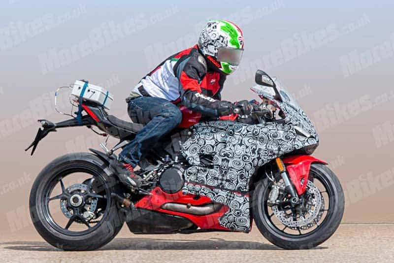 Ducati 959 Panigale thế hệ mới có thể sẽ được gọi là Ducati Panigale V2 SuperSport