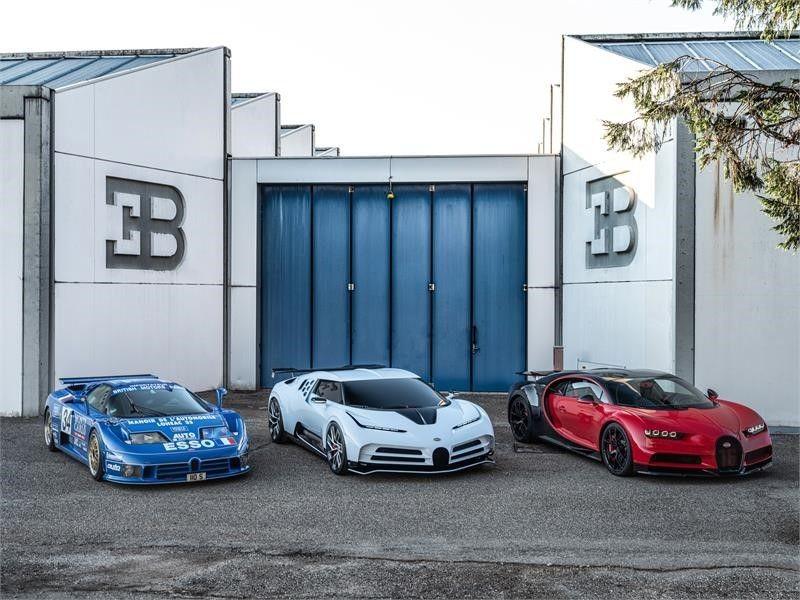 Bugatti Centodieci và EB110 Super Sport